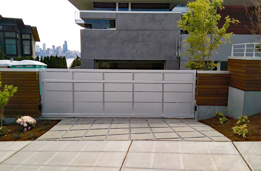 Sliding Privacy Gate with Metal Infill